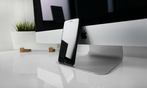 Responsive Web Design for Mobile and Desktop